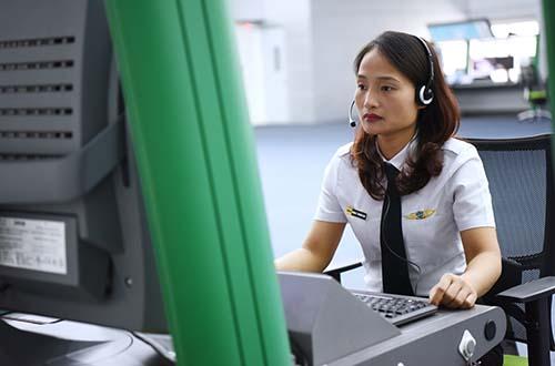 Khi xã hội nghỉ ngơi, đi du lịch nhiều là lúc nhân viên hàng không tất bật nhất