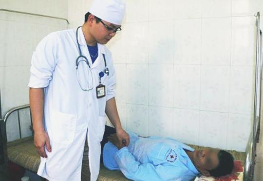 Bệnh nhân Nguyễn Đình Nh. vẫn đang được điều trị tại Bệnh viên Đa khoa tỉnh Thanh Hóa