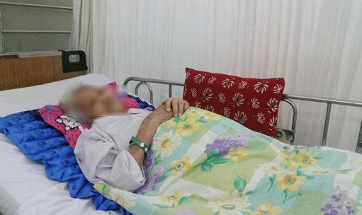 Cụ V.T.C tại bệnh viện
