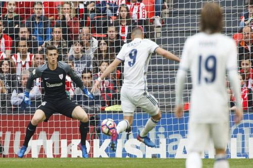 Benzema mở tỉ số cho Real Marid