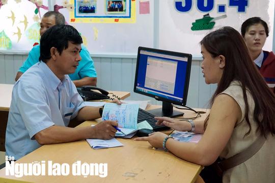 Gần 4,7 triệu lao động được bàn giao sổ BHXH - Ảnh 1.