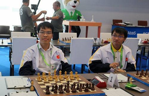 Hat-trick vàng của Quang Liêm - Ảnh 1.
