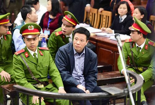 Bị cáo Hà Văn Thắm tại phiên tòa Ảnh: TTXVN