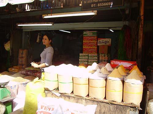 Với giá đường tăng cao hơn mọi năm, các doanh nghiệp đường trong nước đang có lãi