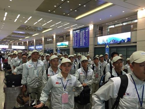 Người lao động lên đường đi làm việc tại Hàn Quốc theo chương trình EPSẢnh: CỤC QUẢN LÝ LAO ĐỘNG NGOÀI NƯỚC