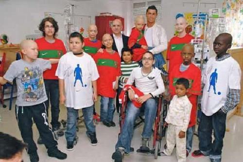 Thiên sứ thiện nguyện Ronaldo xây bệnh viện nhi ở Chile - Ảnh 3.