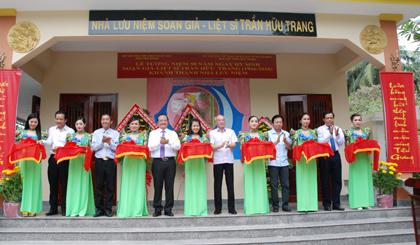 Lãnh đạo ngành văn hóa của TP HCM và Tiền Giang cắt băng khánh thành nhà lưu niệm