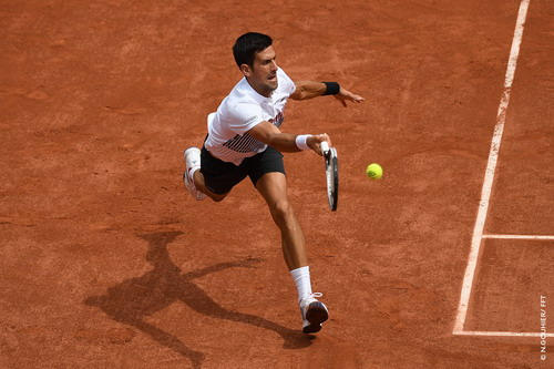 Ám ảnh số 13, Djokovic suýt dừng bước ở Roland Garros - Ảnh 3.