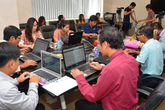 Quang cảnh buổi giao lưu trực tuyến sáng 30-3 tại Báo Người Lao Động