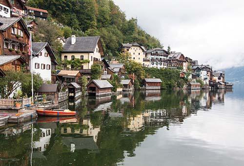 """Làng Hallstatt - """"thiên đường bên hồ"""""""