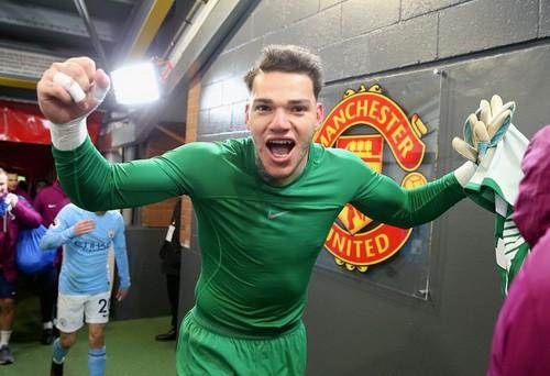 Jose Mourinho mắng cầu thủ Man City vô giáo dục - Ảnh 4.