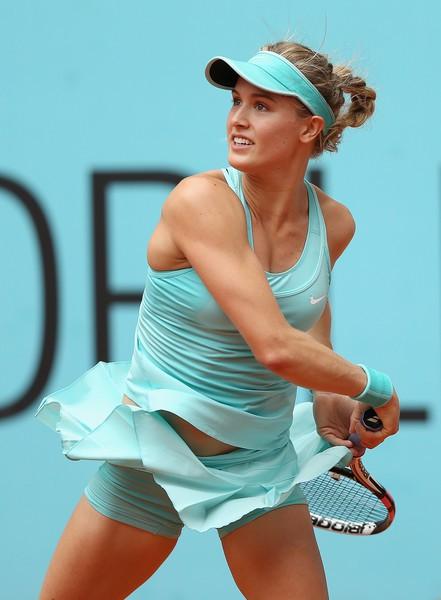 Mỹ nhân quần vợt Bouchard diện bikini tím bỏng mắt - Ảnh 5.