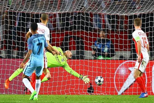 Fabinho ghi bàn thắng thứ 10 mùa này cho Monaco