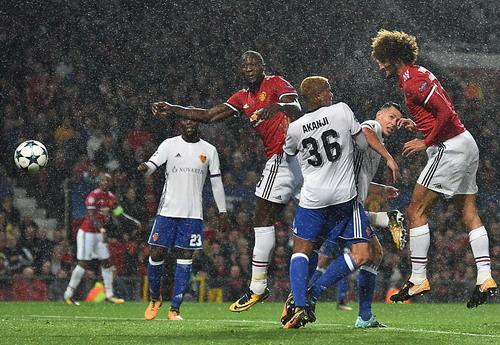 Thần đồng Rashford tỏa sáng, Man United đè bẹp Basel - Ảnh 3.