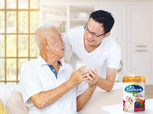 Người già ăn gì để sống thọ? - Ảnh 1.