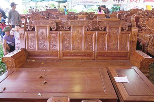 Đồ gỗ là một trong các nhóm hàng xuất khẩu có mức tăng trưởng cao Ảnh: VŨ PHƯƠNG