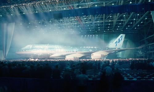 Người Mỹ tạm biệt nữ hoàng bầu trời Boeing 747 - Ảnh 1.