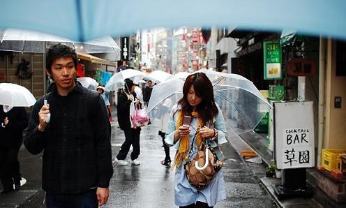 Vì sao người Nhật thích dùng ô trong suốt? - Ảnh 3.