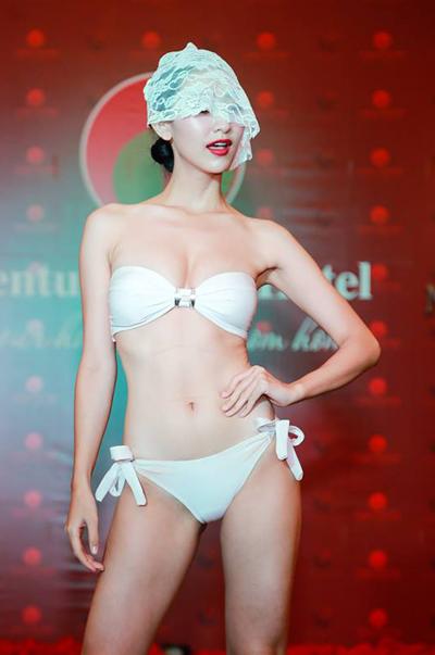 Thí sinh Hoa hậu Trái đất khoe hình thể với bikini - Ảnh 2.