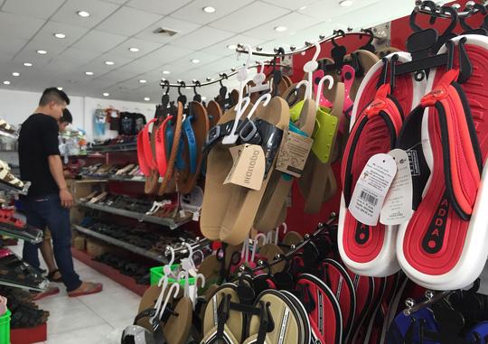 Hàng Thái ngày càng xuất hiện nhiều trên thị trường, lấn át hàng Trung Quốc