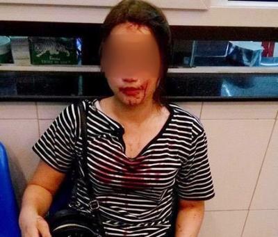 Công an TP Vinh: Sĩ quan công an có mặt nhưng không đánh cô gái - Ảnh 1.