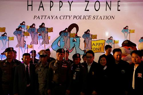 Cảnh sát Pattaya khởi động chiến dịch Happy Zone. Ảnh: Reuters