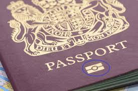 Nhập cảnh Mỹ sẽ cần hộ chiếu điện tử - Ảnh 1.