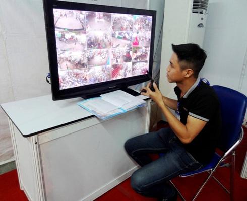 Nhờ bố trí 25 camera giám sát nên Hội Sách đã không xảy ra sự cố đáng tiếc nào cho khách tham quan, mua sắm