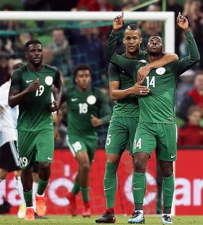 Argentina thua thảm Nigeria, Tây Ban Nha hòa chật vật chủ nhà World Cup - Ảnh 3.