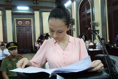 Hoa hậu Phương Nga: Tôi đã sai khi là người thứ 3 - Ảnh 1.