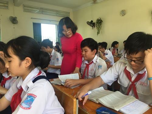 Học sinh lớp 9 Trường THCS Chu Văn An (quận 1) đang gấp rút ôn tập chuẩn bị cho kỳ thi lớp 10