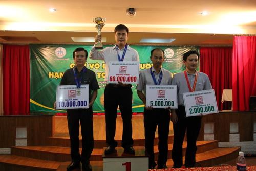 Lại Lý Huynh lần thứ ba giành ngôi vô địch Việt Nam