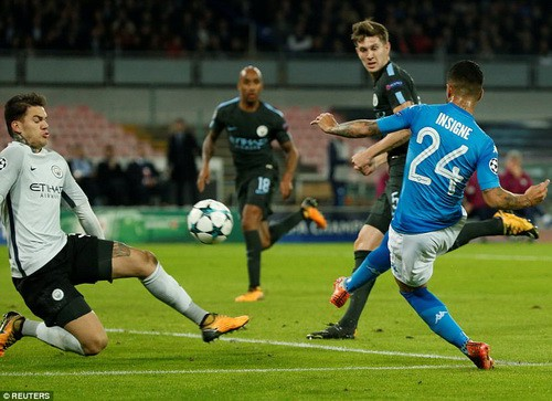 Đại phá Napoli, Man City vào vòng knock-out Champions League - Ảnh 2.