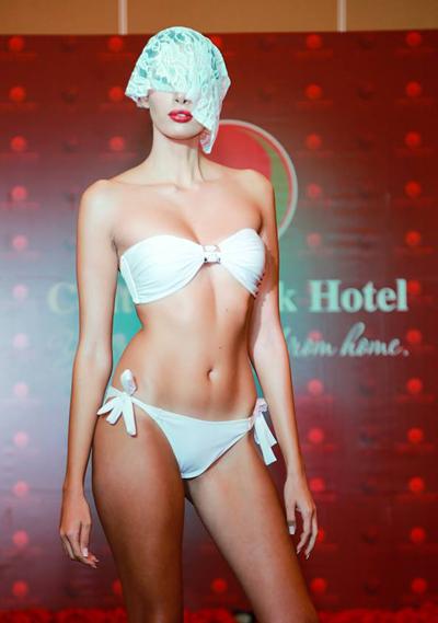 Thí sinh Hoa hậu Trái đất khoe hình thể với bikini - Ảnh 10.