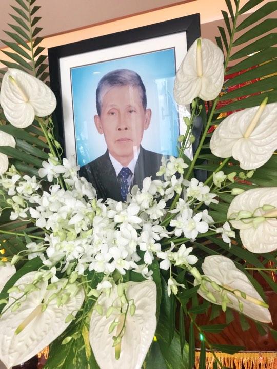 NS Phước Sang xuống tóc thọ tang cha - Ảnh 2.
