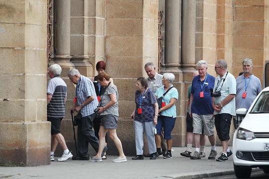 Thu phí du khách: UBND TP HCM phê bình giám đốc Sở Du lịch - Ảnh 1.