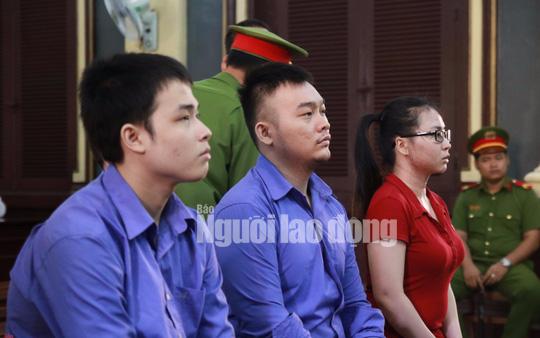 Vụ nữ sinh bị tạt axít mù mắt: Đề nghị tăng án các hung thủ - Ảnh 1.