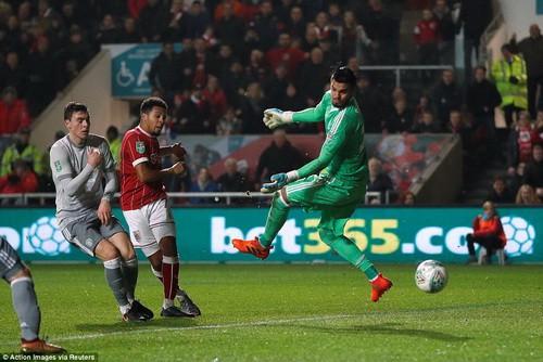 Gục ngã phút 93, Man United thành cựu vương League Cup - Ảnh 4.