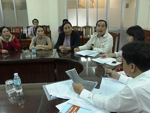 Người lao động của Công ty TNHH Long Shin tìm đến LĐLĐ tỉnh Khánh Hòa nhờ bảo vệ quyền lợi