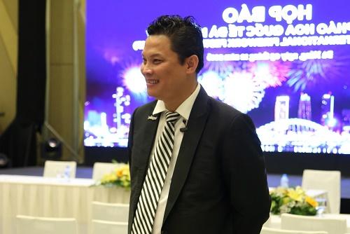 Tổng đạo diễn Lê Quý Dương