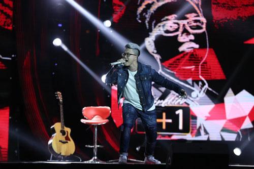 """Qua bàn tay """"bà đỡ"""" của nhạc sĩ Lê Minh Sơn và nhạc sĩ Nguyễn Cường, Lê Thiện Hiếu đã có ca khúc ấn tượng """"1+1="""". (Ảnh do chương trình """"Sing my song"""" cung cấp)"""