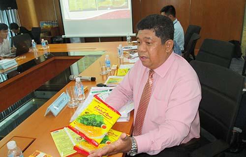 Luật sư Nguyễn Minh Trí, đại diện pháp lý Công ty Liên doanh bột Quốc tế, trình bày tại tọa đàm