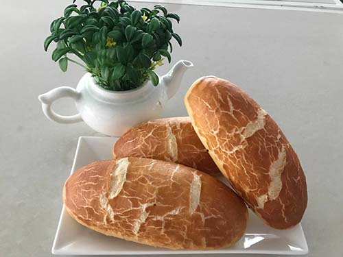 MIKKO đồng hành cùng Trung tâm Nghiên cứu, Bảo tồn và Phát triển Ẩm thực Việt Nam: Bánh mì da beo - Hương vị mới cho ẩm thực Việt - Ảnh 1.
