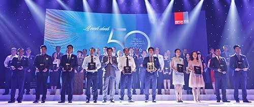 """Vinamilk 6 năm liền vào """"Top 50 công ty kinh doanh hiệu quả nhất Việt Nam"""" - Ảnh 1."""