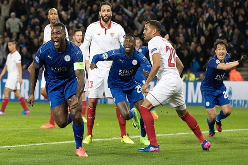Leicester thăng hoa sau bàn mở tỉ số