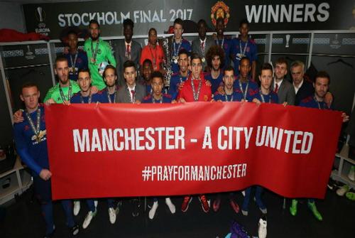 Man City đoàn kết với M.U sau Europa League - Ảnh 3.