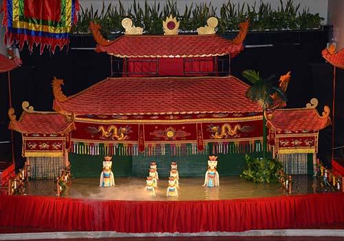 Vui Tết Trung thu với con em công nhân ngành dệt may - Ảnh 1.