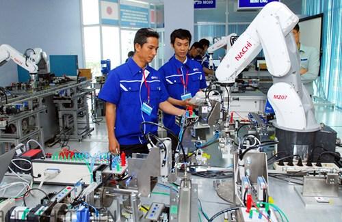 Lao động Việt Nam đối diện nhiều thách thức - Ảnh 1.