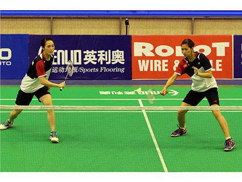 Đôi nữ Trang (trái) – Sen thua đậm chỉ sau 15 phút so tài dù Nhật Bản tung cặp dự bị Ảnh: Quang Liêm