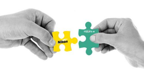 Chính phủ Nhật muốn Fujifilm giải cứu Nikon - Ảnh 1.